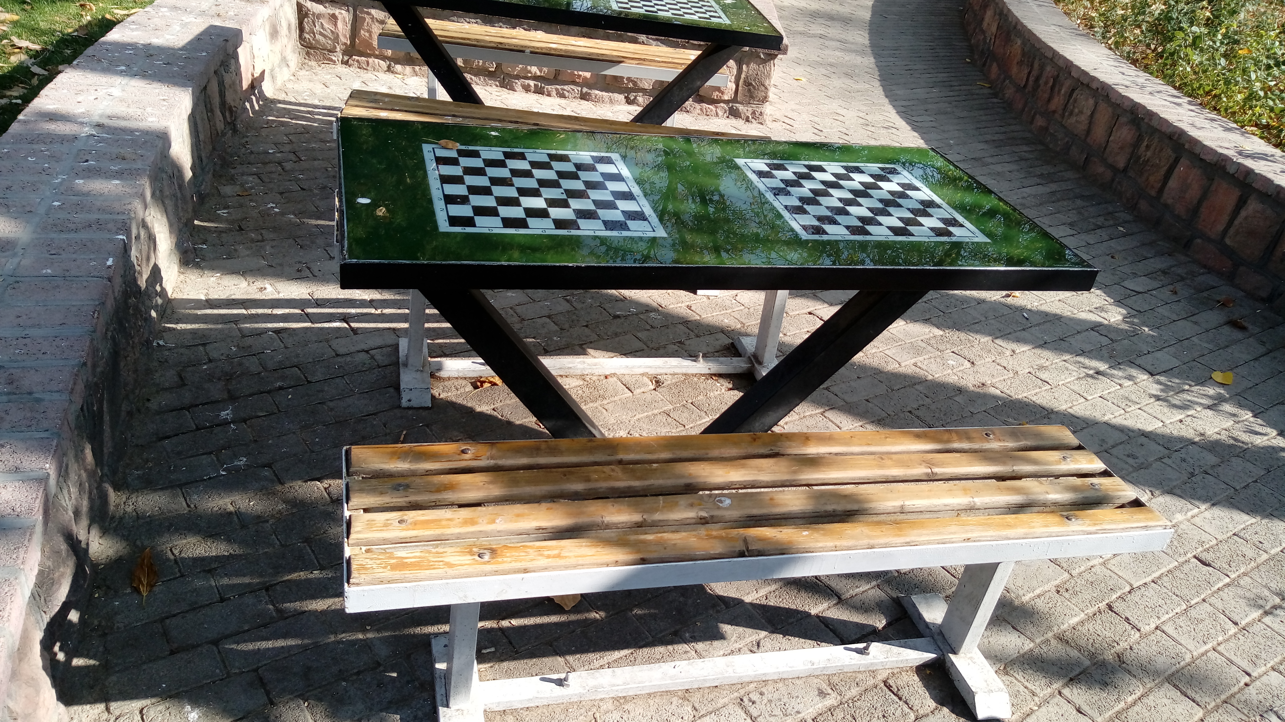 نیمکت شطرنج..