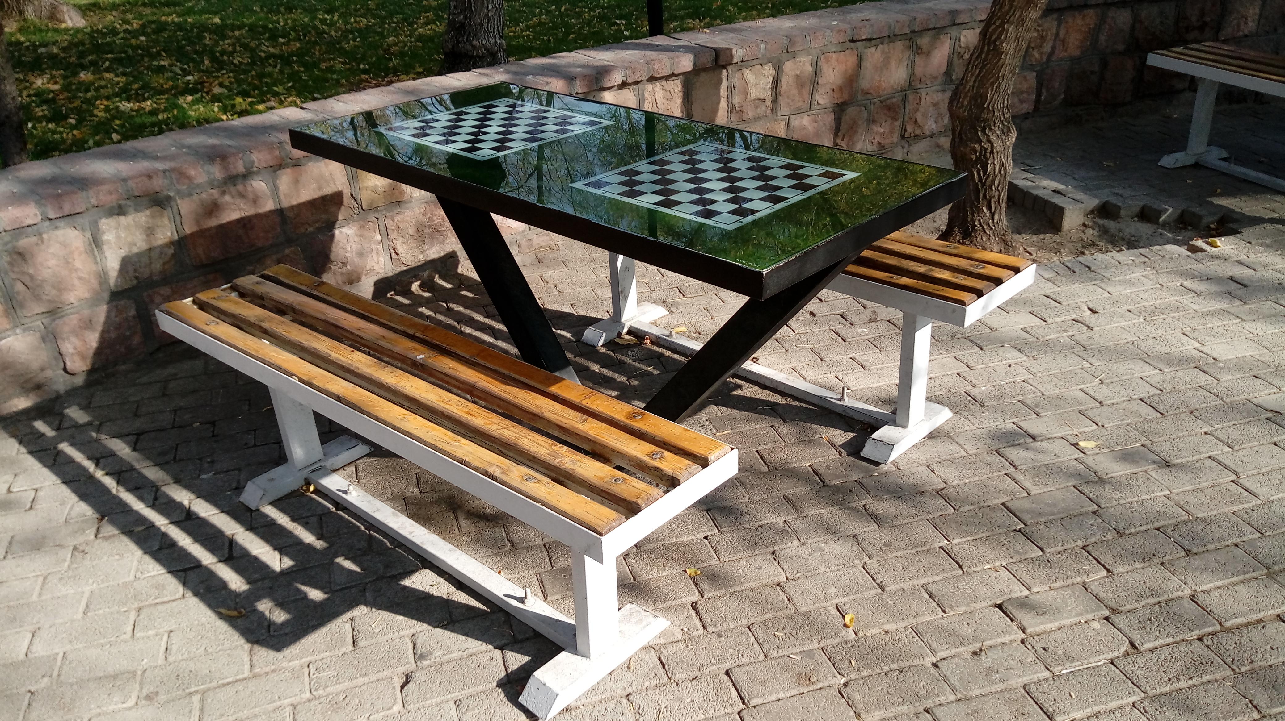 نیمکت شطرنج