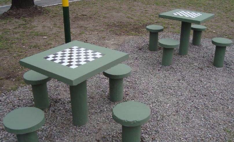 نیمکت بتنی شطرنج